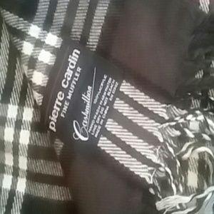 Pierre cardin scarf